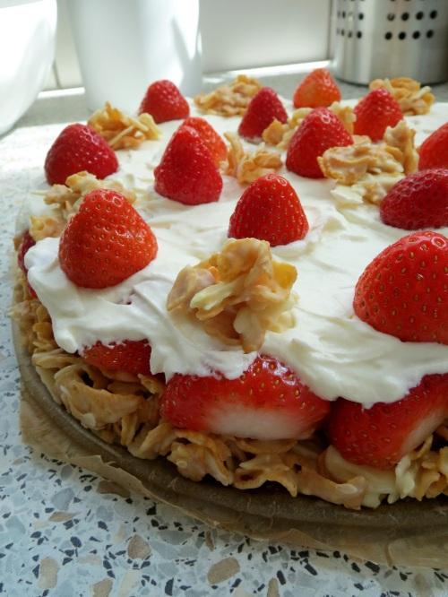 Erdbeer-Knusper-Torte