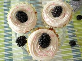 Brombeercupcakes von oben