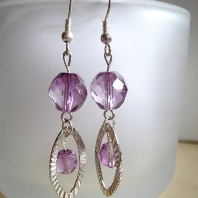 Ohrringe violett