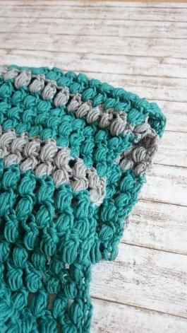 Schal mit Büschelmaschen häkeln