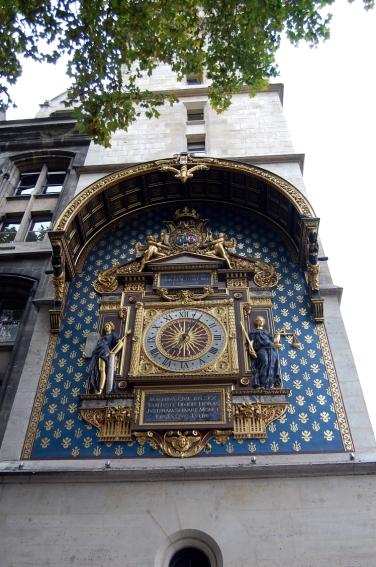 Paris Uhr
