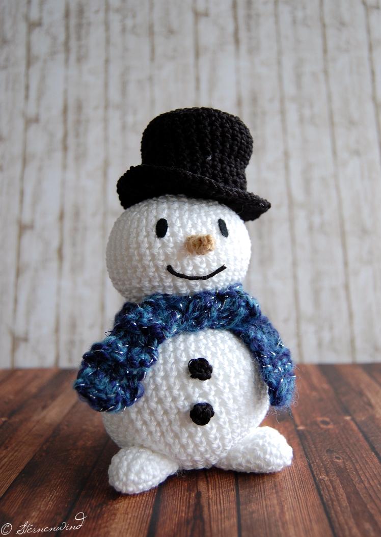 Kostenlose Hase Amigurumi Häkelanleitung - Little Bear Crochets | 1054x748