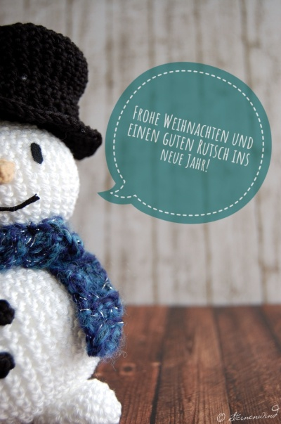 Schneemann häkeln frohe Weihnachten