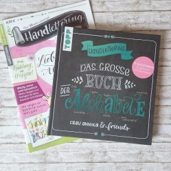 Lettering Zeitschrift Buch