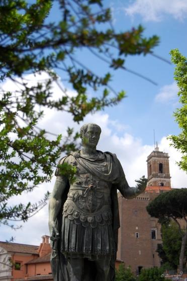 Statua_di_Cesare